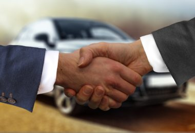 Auto wurde verkauft und handschlag